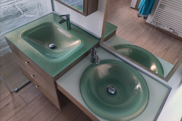 Tudi gibalno ovirani imajo pravico do udobnega počutja v kopalnici!